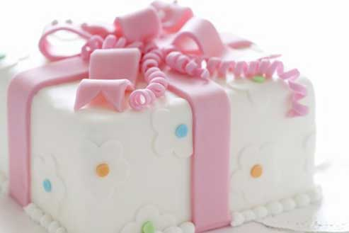Classes at the Calgary's Downtown Culinary Campus: Fondant Basics (Main Campus)
